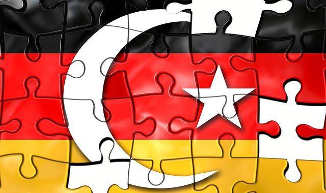 """""""Deutschland schützt Terroristen!"""" – Erdogan rechnet ab Turkey-102443_640-640x380"""